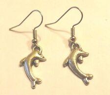 Boucles d'oreilles argentées dauphin 20x12mm