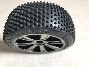 9€/Stück   4 Stück LRP VTEC Kamikaze Komplettrad Reifen Felge S8 Rebel TX 1/8