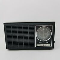 Vintage GE AM/FM Radio Model 7-4110C Made in Hong Kong
