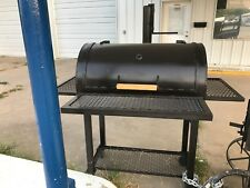New heavy duty  BBQ  grill with 2 side shelves