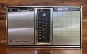 Vintage National Panasonic R-357D  Transistor SW MW Portable Radio -WORKING