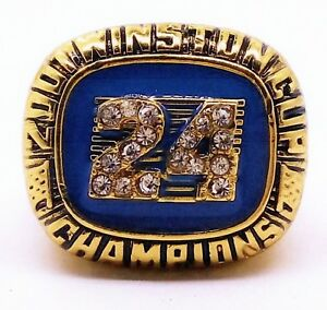 2001 #24  JEFF GORDON WINSTON CUP PLAYER RACING CHAMPIONSHIP RING SIZE 11.