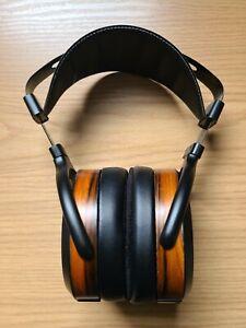 HIFIMAN HE560 Planar Magnetic Headphones