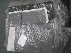 Comforter Set QUEEN Size 4 piece set  absolutely beautiful  BLACK- GRAY- WHITE
