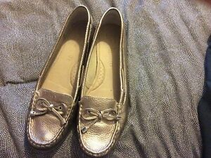 FOOTGLOVE M&S GOLD BRONZE LEATHER MOCCASIN SHOES SIZE 6