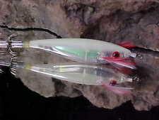 """Yo-Zuri A323-17 in GLOW 4"""" Sinking 6"""" per second ULTRA AURORA Squid"""