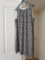 Fab H&M Black & White Sleeveless Shift Dress, Fully Lined, Size 12, EUR Size 40