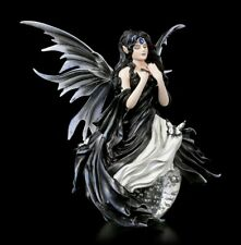 Elfen Figur auf Glaskugel - Gathering Storm by Nene Thomas - Fantasy Fee Engel