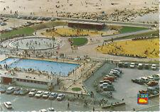 76 CPSM en couleur 76 Le Havre Le terre plein de la plage Aire de jeux + piscine