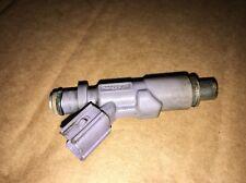 99-05 Lexus IS200 FUEL INJECTOR 23250-70120 LOW MILEAGE VGC 2.0