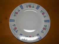 "Pfaltzgraff BONNIE BRAE USA Dinner Plate 10 3/8"" Blue Pink 1 ea     10 available"