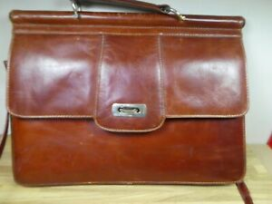 Vintage Brown Leather Expanding Briefcase with Removeable Shoulder Strap