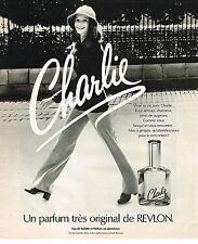 PUBLICITE ADVERTISING 045  1976  REVLON  parfum CHARLIE pour femme