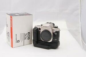 Canon EOS-50E 35mm SLR Film + battery pack originale