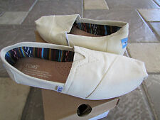 NEW TOM'S CLASSIC TAN CANVAS SLIP ON LOAFER SHOES WOMENS 7 FREE SHIP
