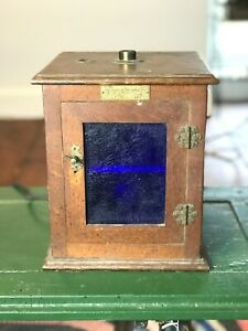 ANTIQUE EARLY 1900'S ARTHUR H. THOMAS ELECTRIC INCUBATOR