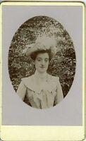 PHOTO CDV circa 1900 mode fashion portrait une femme chapeautée