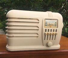 Classic Ivory 1939 Belmont Bakelite Tube Radio BRC-636 Series B