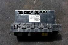 Mercedes Clase C W203 C180 C220 trasera Sam Caja de fusibles 2035453401