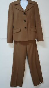 Le Suit Lined Brown Polyester Pant Suit Size 12 Dark Academia
