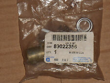 Cadillac DeVille 2000-05 + others New Genuine GM Lock Cylinder 89022356