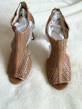 b2866d8ba6b LOUISE et CIE 9B Tan Leather Perforated Zipper Heel OpenToe Stiletto HEELS  UDED