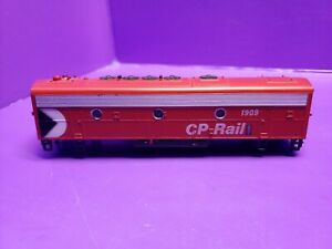 HO SCALE SHELL ONLY ATHEARN  F7B CP RAIL 1909 LOCOMOTIVE SHELL