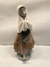 """Lladro 5053 Festival Time Girl with Shawl Scarf Porcelain Figurine 10 1/2"""" Tall"""