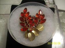 VINTAGE RED JULIANA DESIGN FLORAL LEAF BOUQUET GLASS & RHINESTONE BROOCH