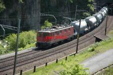 PHOTO  SWITZERLAND 2006 WASSEN LOCO 11485 AT LOWER LEVEL WASSEN