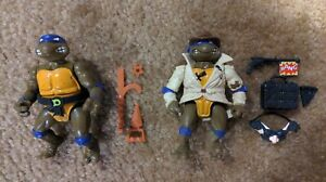 Teenage Mutant Ninja Turtles vintage Donatello & Undercover Don action figures