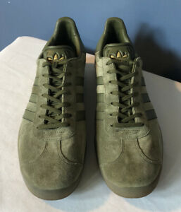 ADIDAS GAZELLE Men's Suede Sneakers Lace Up Low Top Green & Gold Shoes Size 11.5