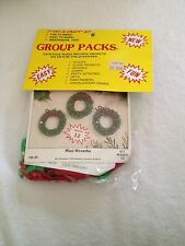 Crafts Try A Craft Kit Merry Christmas Makes 12 Ornaments Mini-Wreaths #86-29