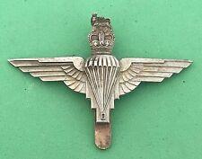 PARACHUTE REGIMENT - WHITE-METAL CAP BADGE