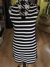Neues, ungetragenes Kleid von Zara in Größe M