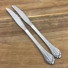 2 Oneida Community MARQUETTE DINNER KNIFE Stainless Steel Flatware Knives