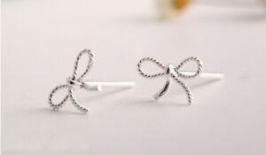 Ohrstecker Ohrring in Form einer Schleife schwarz weiß 925 Sterling Silber