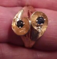 14K Yellow Gold Ladies Ring with 2 dark Sapphires  5.47 grams, size 7.25 ((359))