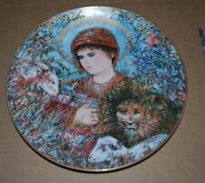 "Edna Hibel 1989 ""Peaceful Kingdom"" - Christmas Plate"