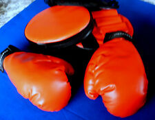 PROTOCOL~Red BOXING GLOVES & DEFENSIVE BOXING MITTS~New In Package