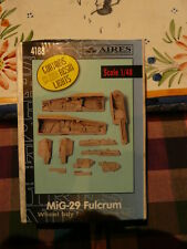 Aires 1/48  MiG-29 Fulcrum Wheel Bay for Academy kit numero 4188
