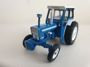 Britains Ford 7000 Tractor 1/32 Vgc