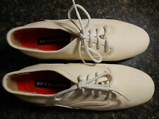 Oliberte white Eloka leather oxford shoes flats display size 7M New no box