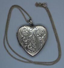 VINTAGE SILVER NECKLACE WITH LARGE HEART LOCKET PENDANT
