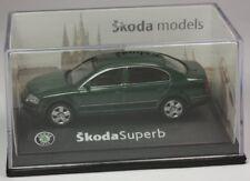 Abrex Skoda Superb Limo grünmetallic Modellauto 1:72 OVP ST 9903-80-95