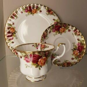 Royal Albert Old Country Roses großes Kaffee Gedeck 3-teilig