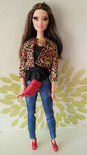 ** Bambola Barbie stile Raquelle con radicato Ciglia Leopardato Giacca ** VHTF **