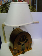 Thomas Pacconi Collector's Edition AM/FM RADIO with LAMP