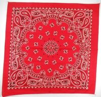 "Greenbriar International Bandana 18/"" X 20/"" Black//White//Red Skulls /& Cross Bones"