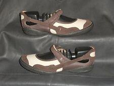 Palladium womens Beige leather w/Brown suede/lea trim mary jane pump size US 6